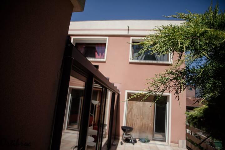 """Villa """"OrtiBroc""""...3 chambres hôtes sur place"""