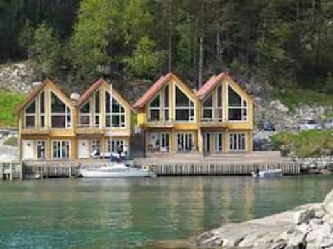 Boathouse Cottage, Tysnes (Bergen)