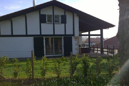 Sare, Maison Aice Egoa de 200 m² - Sare - Rumah