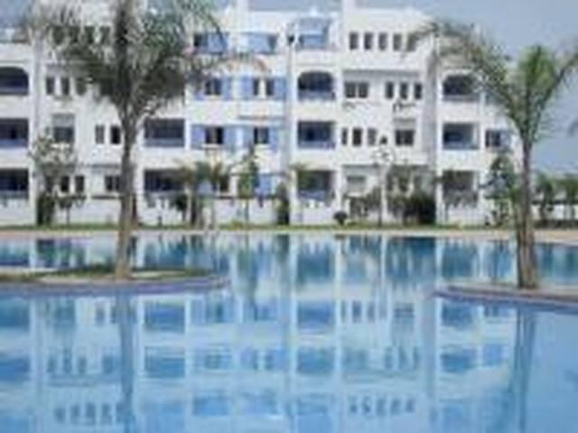 Sania Plage Appartement avec piscine bord de mer