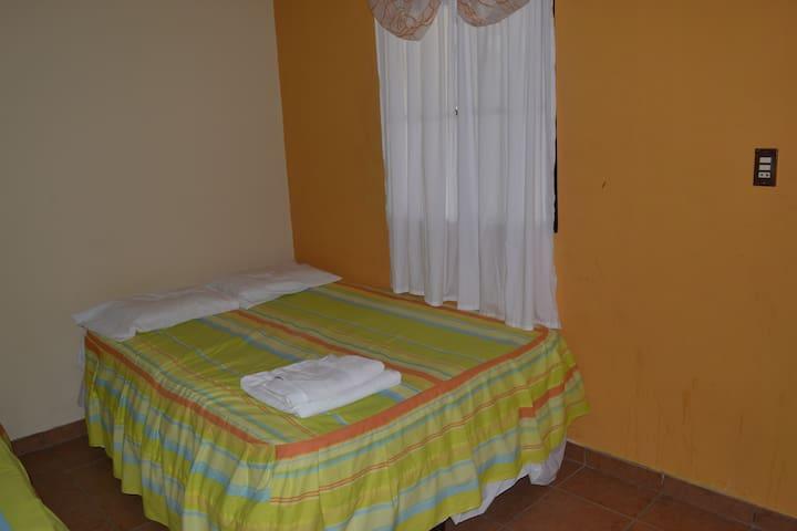 Habitación Individual Villa Maria
