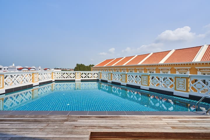 Deluxe 1BR Platinum Suite, Malacca Island