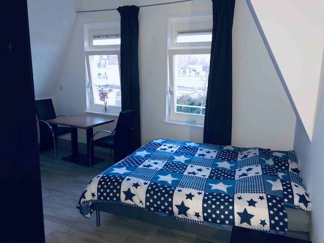 Fully furnished 24m2 studio-8, 15 min to Amsterdam