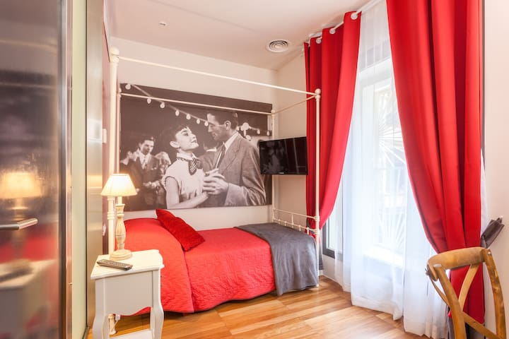 Cozy one bed room near Colosseum
