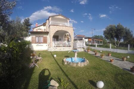 Unique Holiday Countryhouse Sylata! - Nea Silata - Wohnung