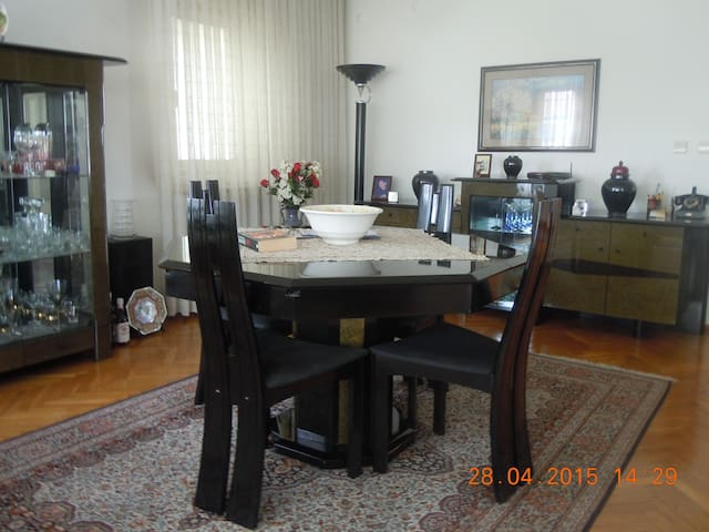 LARGE APARTMENT IN CENTRE OF ANKARA - Ankara - Appartamento