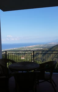 Panoramico appartamento - Arieste