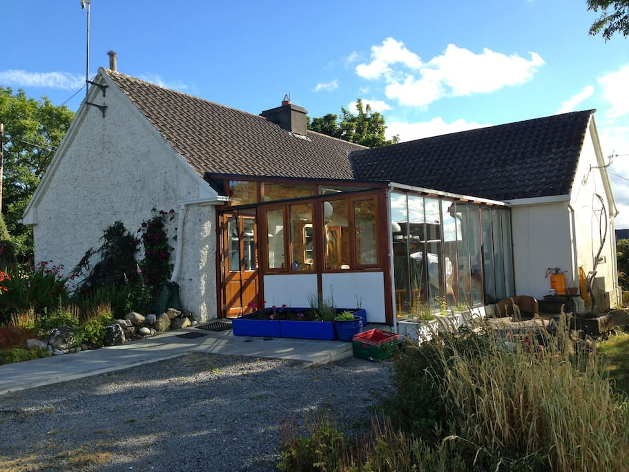 Our lovely cottage has a beautiful 4 season sun room with spectacular views of the bay.