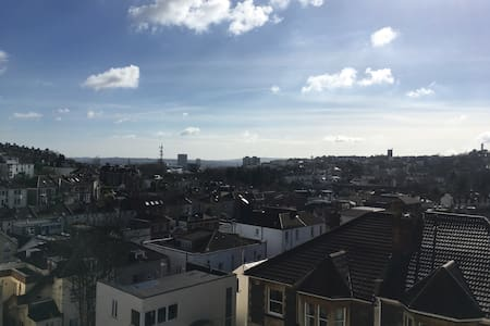 Whole apartment just off of arty Gloucester Road - Bristol - Apartemen