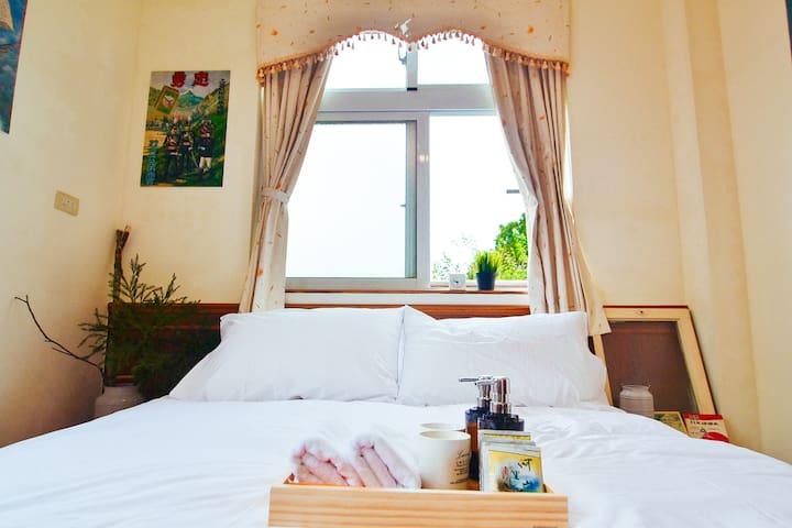 雅湖山莊,阿里山奮起湖(奮起湖火車站3分鐘)雙窗305 - Alishan Township - Bed & Breakfast