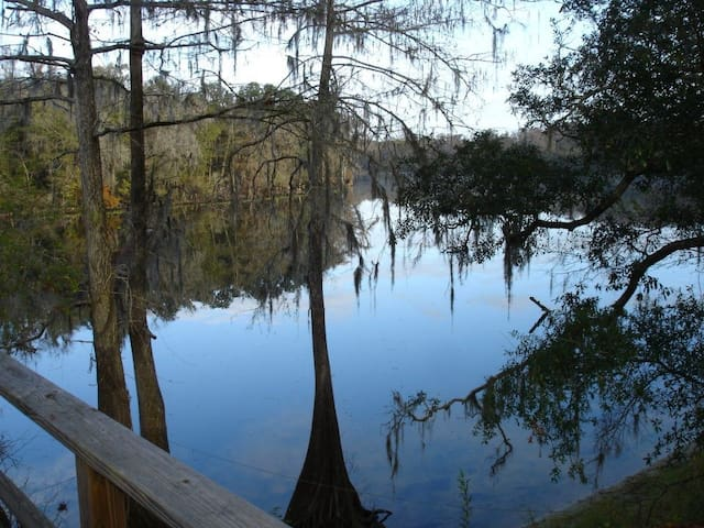 Suwannee Princess Retreat