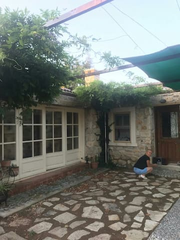 Foca'da , Pravi çiftlik evi
