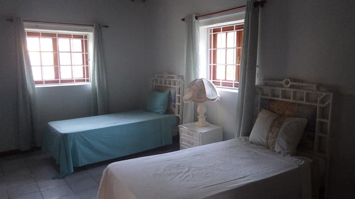 Room with Twin Beds in Cardiff Hall Runaway Bay.