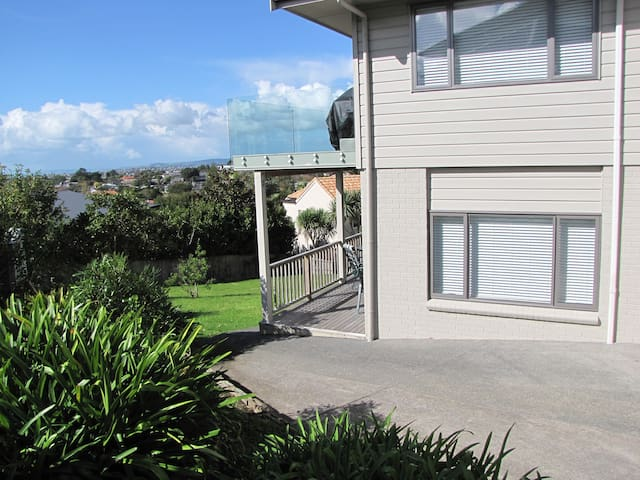 Studio Apartment St Heliers