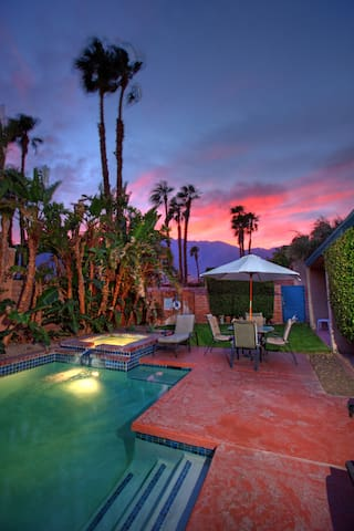 Dog Friendly, 2 Bd Private Pool & Spa In Uptown PS - Palm Springs - Villa