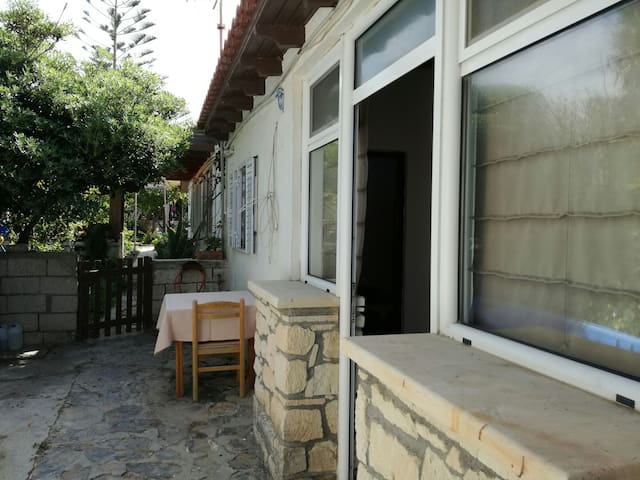 lovely beach house in Sitia (Tripitos) - Tripitos - Casa