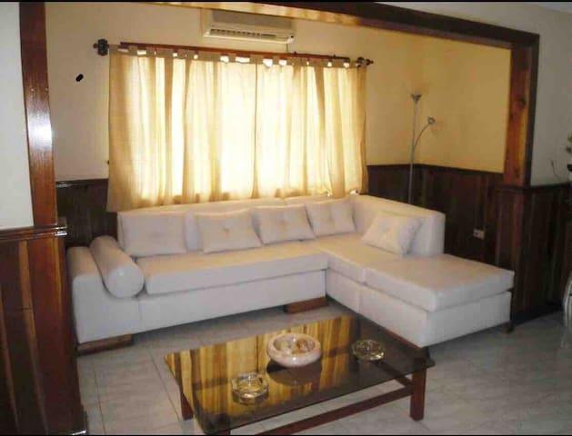 Private Room,100km to Havana,30km to Varadero!