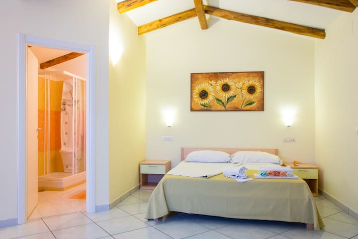 Minihotel IRIS - Family Room DeLuxe - Maiori - Bed & Breakfast