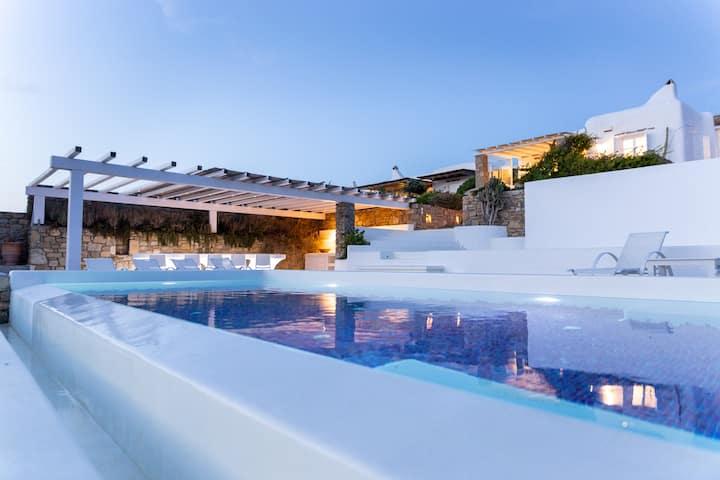 Brand New 4-Bedroom Private Pool Villa in Fanari
