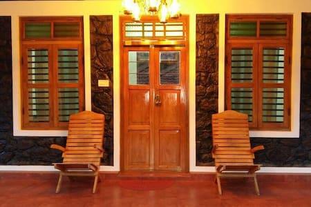 Cassells Resorts - Bungalow