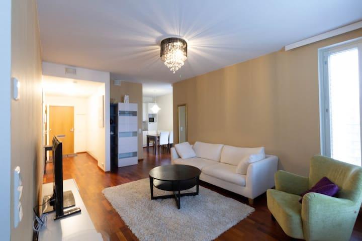 Forenom One-bedroom apartment (with sauna and balcony) near Tampere city center - Tampellan Esplanadi 9