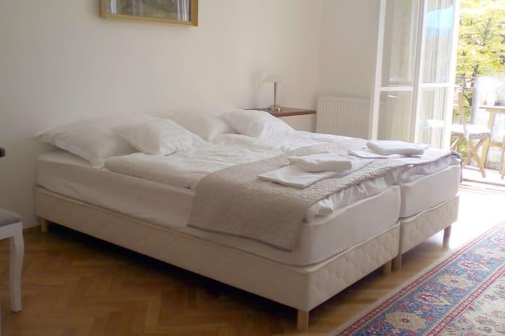 Deák Apartman (2 szoba 4 ágy)