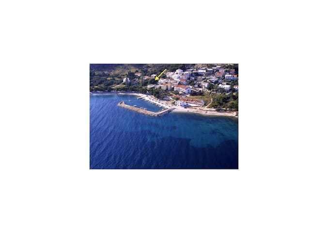 One bedroom House, 150m from city center, seaside in Zivogosce