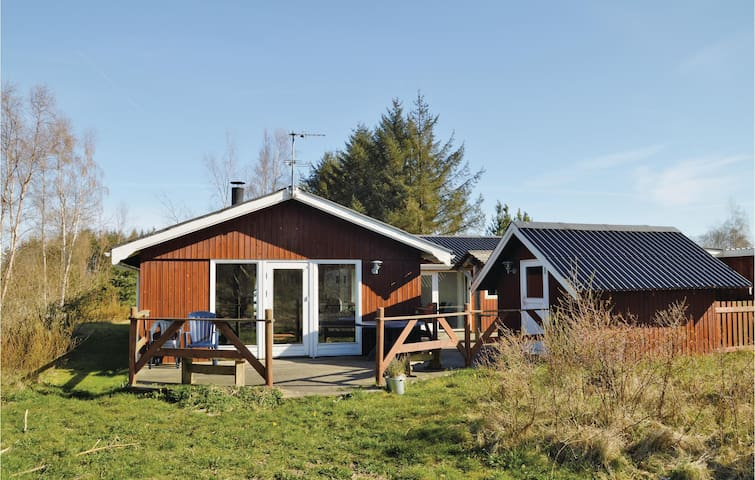 Holiday cottage with 5 bedrooms on 91 m²