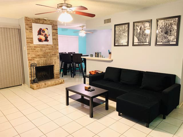 Far North Dallas Condo Life Living 1BR