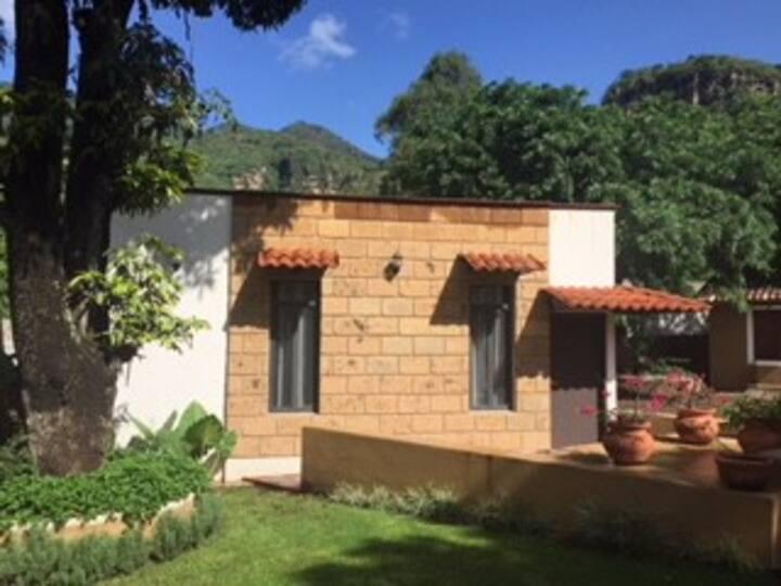 Habitación de lujo en preciosa casa en Malinalco.