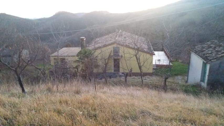 Santa Maria del Poggio - Arsita - Casa