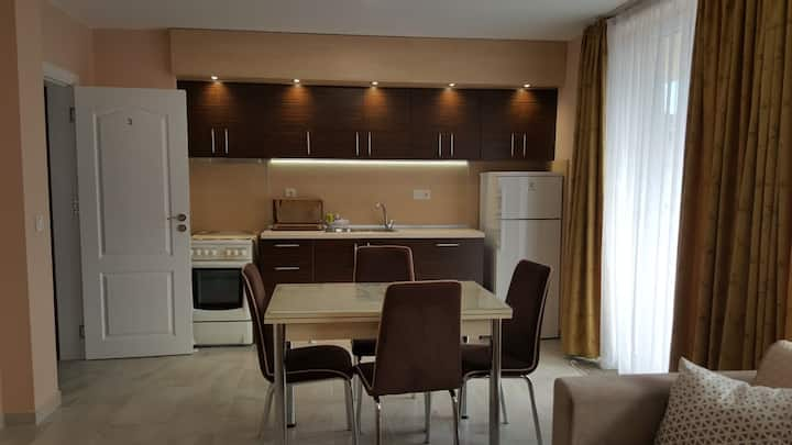 "Luxury 2-bedroom apartment ""Mariana"""