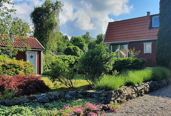 House 20min from Stockholm, near beach and woods