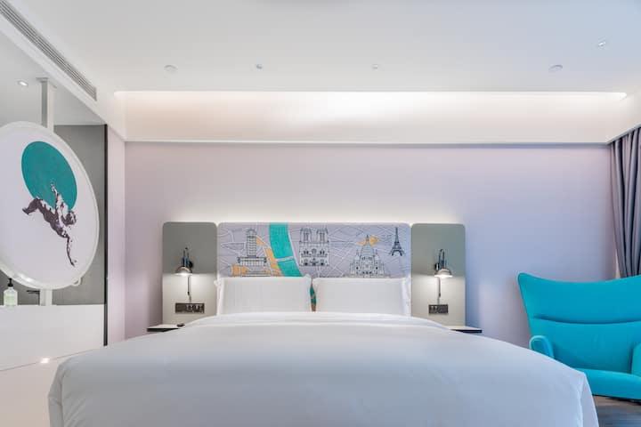 高级大床房11