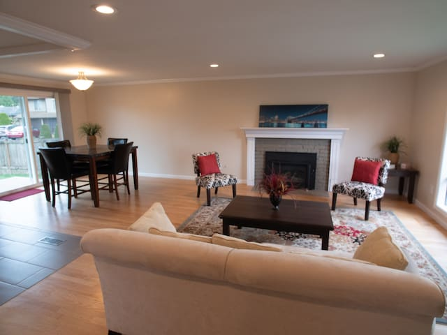 Elegant home in Redmond - ready to relax