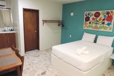 ۞ CASA MAXA 101 ۞ Downtown Cozy Room - Playa del Carmen