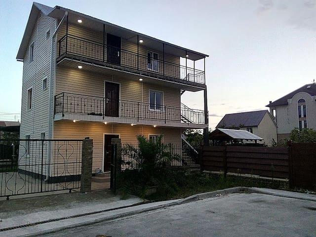 Аппартаменты на 4 человека.50м.кв.