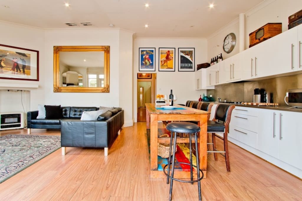 Stay On Gray Stylish Period Home Houses For Rent In Adelaide South Australia Australia