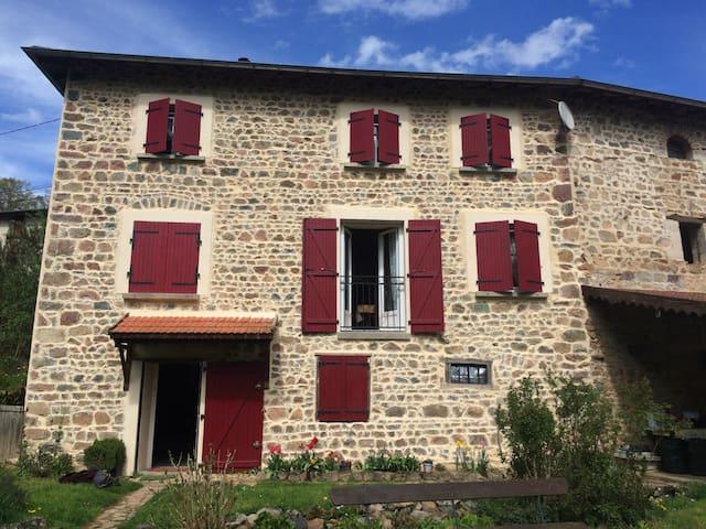 Superbe maison au ❤️ du beaujolais - Grandris  - Casa