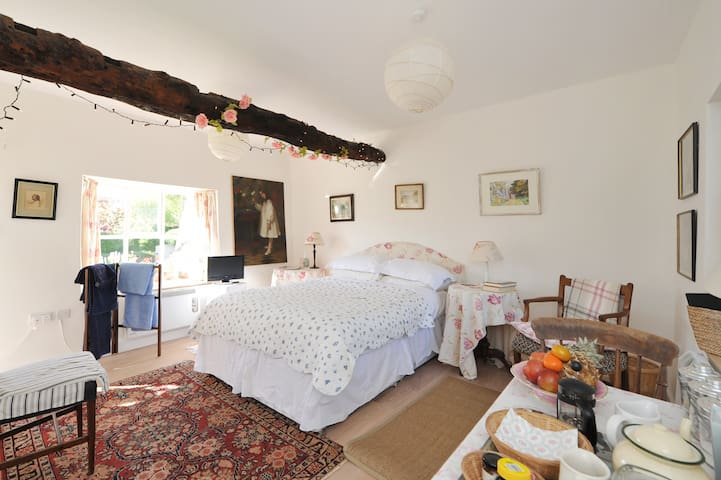 The Garden Room - Biddestone - Apartamento