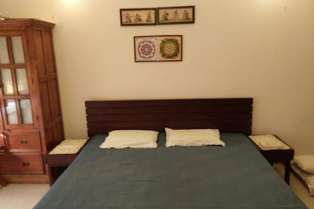 A charming home & a lovely location - Lucknow
