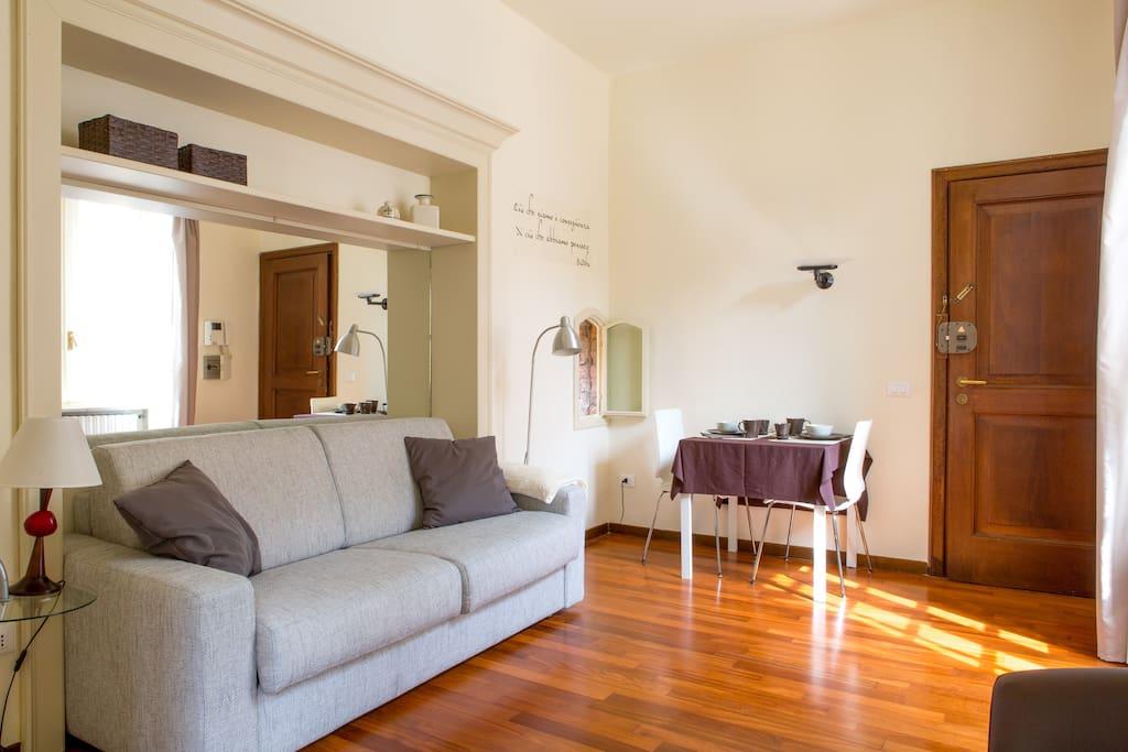 City centre brescia cozy studio flat appartamenti in for Appartamenti arredati in affitto brescia