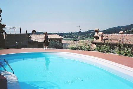 Appartamento con doppia piscina - Castion Veronese