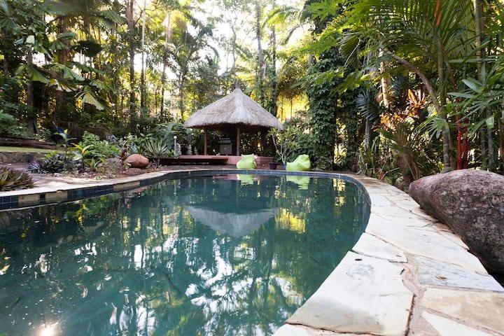 Rainforest oasis in beautiful Edge Hill