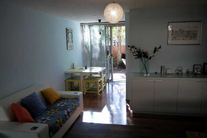 Contemporary unit, great location - Wembley - Wohnung