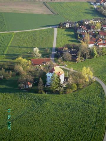 Schloss vor den Toren Münchens - Tegernau - Apartamento