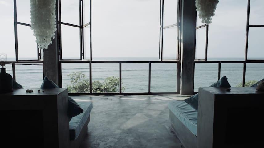 VILLA V ULUWATU | Suite N°2 | Bingin Beach | BALI