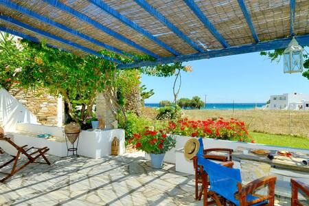Comfortable apartment near the sea - Tinos