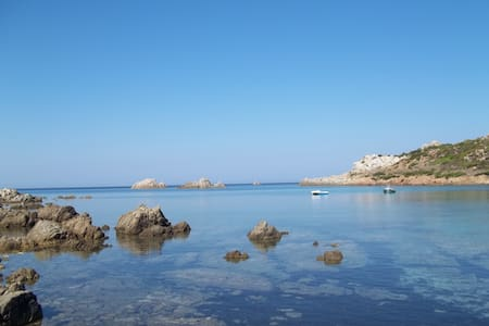 North Sardinia, charming sea view! - Santa Teresa Gallura - วิลล่า