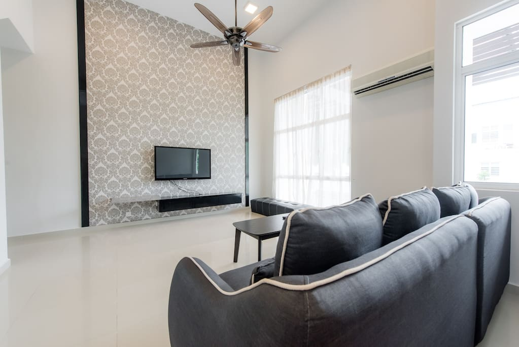 Living hall with 50' TV